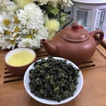 雋美佳 金萱烏龍茶 (特級)  手採一心二葉高山茶